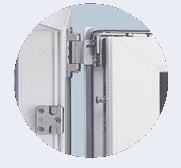 Schlüsseldienst Herne montiert Pilzkopfverriegelung an Fenster und Fenstertüren.